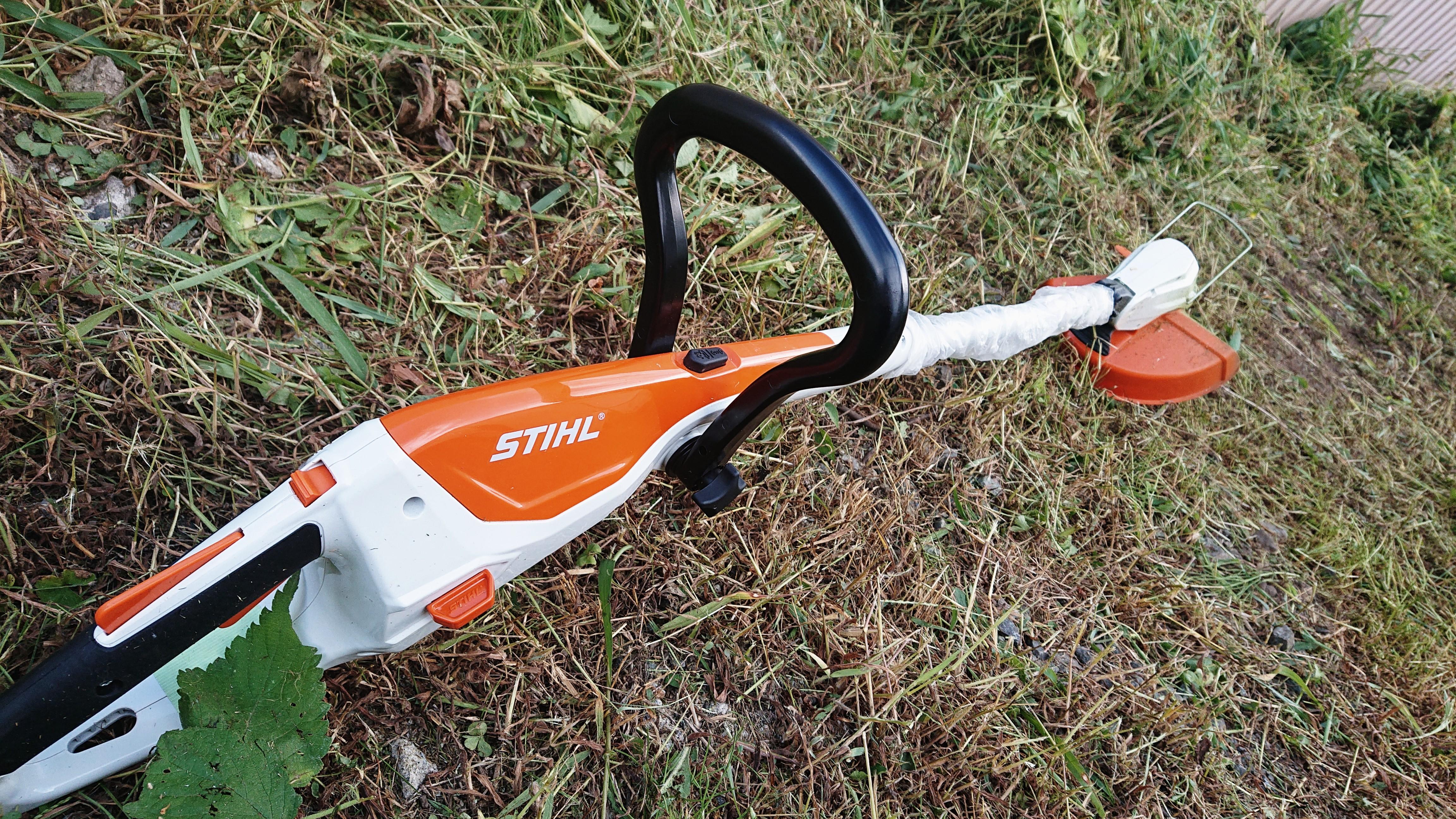 草刈り機バッテリー式